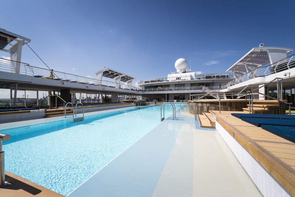Mein Schiff 6 Pool