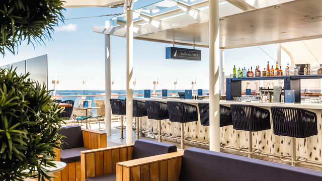 Bars & Lounges Mein Schiff 2