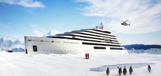 Crystal Endeavor auf dem Weg nach Island