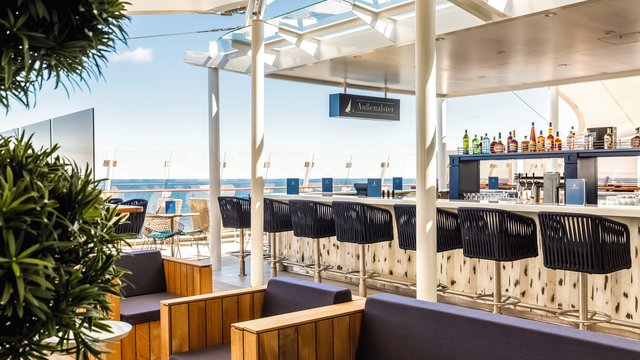 Mein Schiff 1 Bars & Lounges