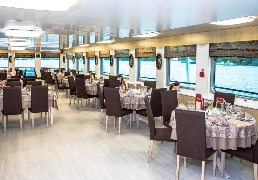 MS Kronstadt Restaurant