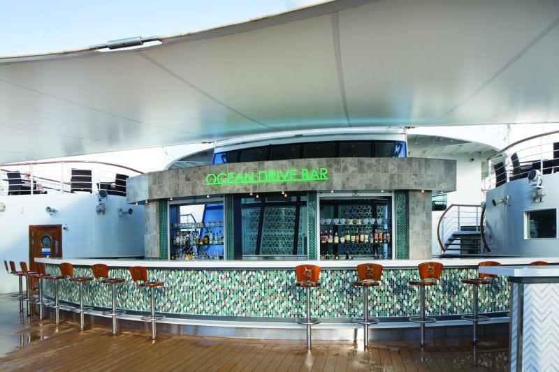 Pride of America-Ocean Drive Bar