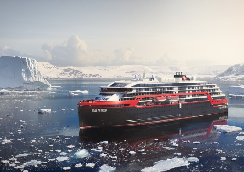 Hurtigruten in den Tropen: Neue Expeditions-Seereisen mit Hybrid-Schiffen