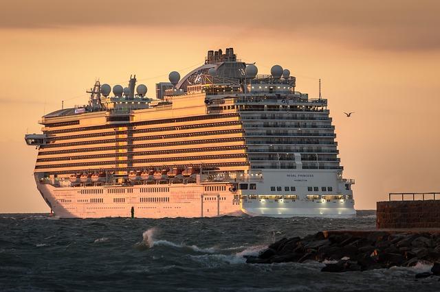 Kreuzfahrtschiffe in Warnemünde 2020