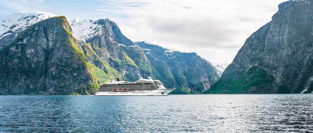 Viking Sky mit 1300 Passagieren in Seenot