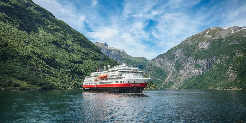 MS Finnmarken: Passagier über Bord