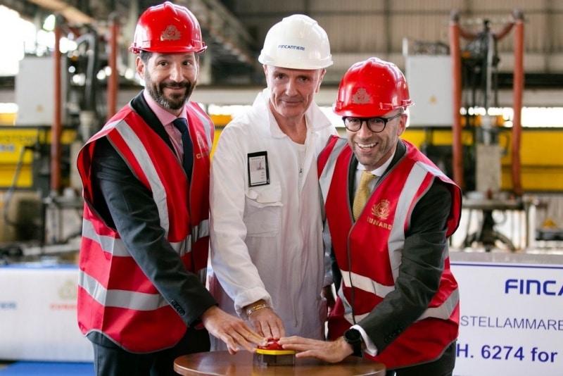 Stahlschnitt für neues Cunard Line Schiff