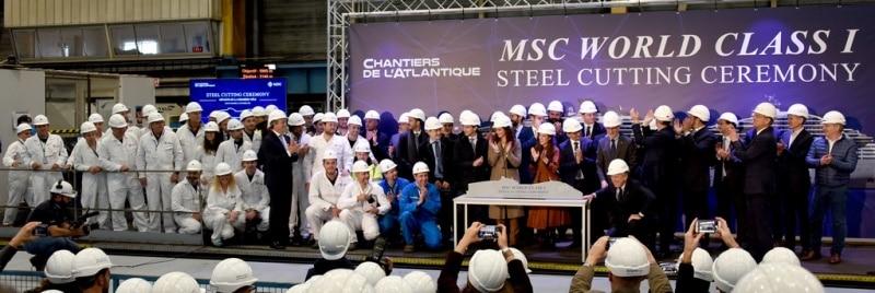 Stahlschnitt für das erste MSC World Class Schiff