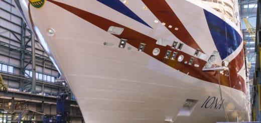 Ausdocken der Iona: 50. Kreuzfahrtschiff der Meyer Werft verlässt Baudockhalle