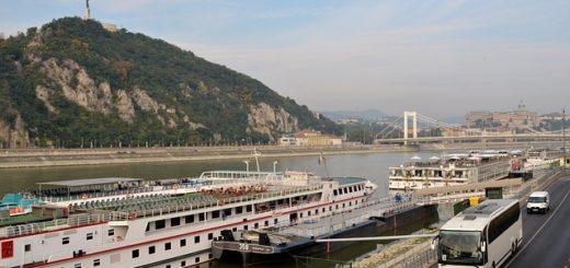 Kombinierte Bus- und Schiffsreisen