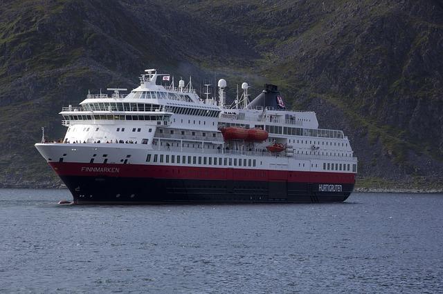 Hurtigruten Neustart ab Hamburg im Juni 2020: Mit dem Hybrid-Expeditionsschiff zu den norwegischen Fjorden