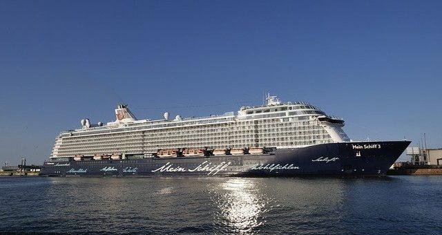 Vicky Leandros an Bord der Mein Schiff 6